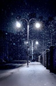 winter streetlights
