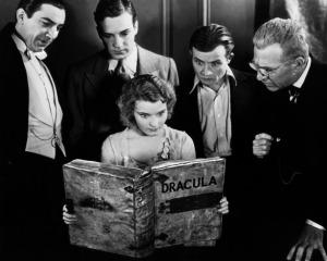 Dracula_cast_reads